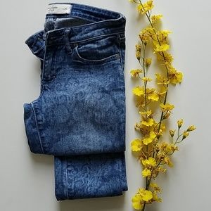 Abercrombie & Fitch printed denim